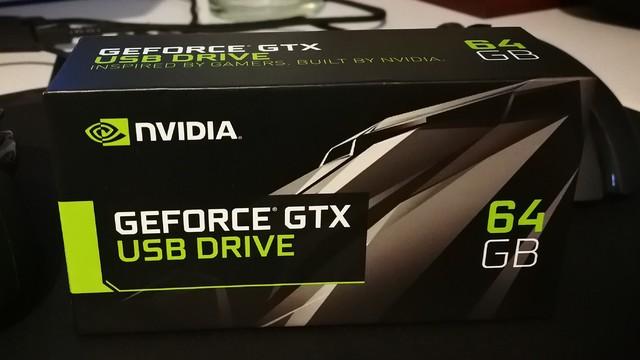 奇妙物:NVIDIA英伟达GeForce GTX 64GB USB Drive N饭信仰U盘开箱!