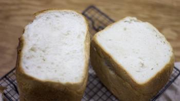 #晒单大赛#如何用面包机做出满意的吐司?且看松下SD-PM105和美的AHS20AB-PT面包机实力PK
