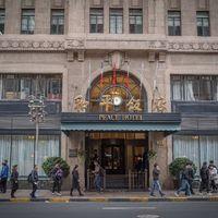 如果问哪家酒店能代表上海?那一定是和平饭店